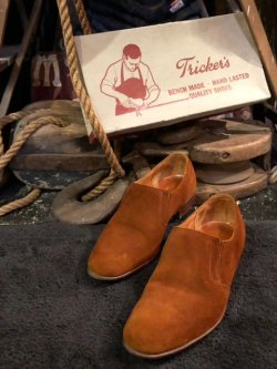 画像1: 1970's〜 TRICKERS(トリッカーズ) / LAST 4247 SUEDE SIDE GORE SLIP-ON SHOES / W.BOX