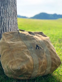 "画像1: 1940's(WWII's) ROYAL AIRFORCE / AVIATORS KIT BAG / W. "" BROAD ARROW """